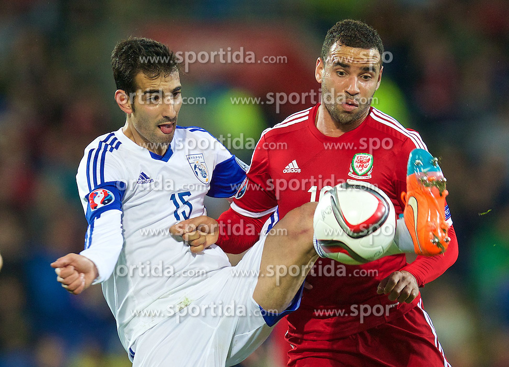 13.10.2014, City Stadium, Cardiff, WAL, UEFA Euro Qualifikation, Wales vs Zypern, Gruppe B, im Bild Wales' Hal Robson-Kanu in action against Cyprus' Marios Antoniades // 15054000 during the UEFA EURO 2016 Qualifier group B match between Wales and Cyprus at the City Stadium in Cardiff, Wales on 2014/10/13. EXPA Pictures &copy; 2014, PhotoCredit: EXPA/ Propagandaphoto/ David Rawcliffe<br /> <br /> *****ATTENTION - OUT of ENG, GBR*****