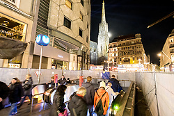 31.12.2017, Innenstadt, Wien, AUT, Wiener Silvesterpfad 2017, im Bild die U-Bahn Station am Stephansplatz // during the 2017 Vienna Sylvester Path at the downtown area of Vienna, Austria on 2017/12/31. EXPA Pictures © 2017, PhotoCredit: EXPA/ Sebastian Pucher