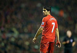 18.01.2014, Anfield, Liverpool, ENG, Premier League, FC Liverpool vs Aston Villa, 22. Runde, im Bild Liverpool's Luis Suarez looks dejected after the 2-2 draw with Aston Villa // during the English Premier League 22th round match between Liverpool FC and Aston Villa at Anfield in Liverpool, Great Britain on 2014/01/18. EXPA Pictures &copy; 2014, PhotoCredit: EXPA/ Propagandaphoto/ David Rawcliffe<br /> <br /> *****ATTENTION - OUT of ENG, GBR*****