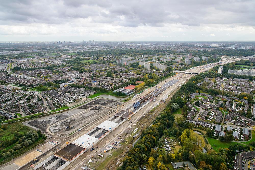 Nederland, Zuid-Holland, Schiedam, 23-10-2013; aanleg van de verlengde A4 (A4 Delft-Schiedam), bouw landtunnel. <br /> Construction land tunnel of the extended A4 (A4 Delft-Schiedam) between Vlaardingen and Schiedam.<br /> luchtfoto (toeslag op standaard tarieven);<br /> aerial photo (additional fee required);<br /> copyright foto/photo Siebe Swart.