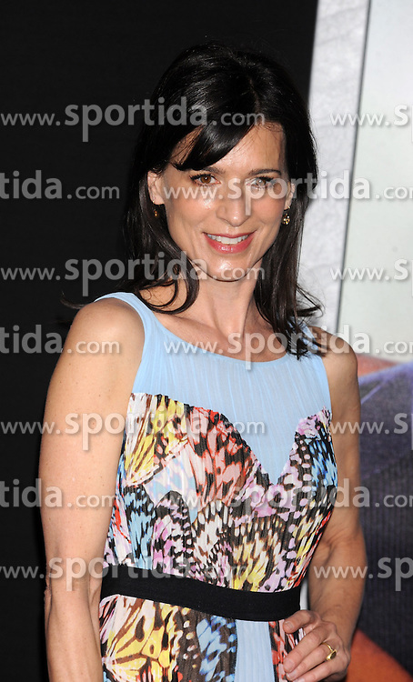 Perrey Reeves, Warner Bros Pictures presents the Los Angeles World Premiere of 'Focus', at the TCL Chinese Theatre, February 24, 2015 - Hollywood, California. EXPA Pictures &copy; 2015, PhotoCredit: EXPA/ Photoshot/ Celebrity Photo<br /> <br /> *****ATTENTION - for AUT, SLO, CRO, SRB, BIH, MAZ only*****