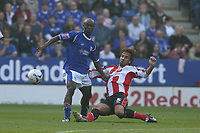 Photo: Pete Lorence.<br />Leicester City v Southampton. Coca Cola Championship. 14/10/2006.<br />Claus Lundekvam slides in on  Elvis Hammond.