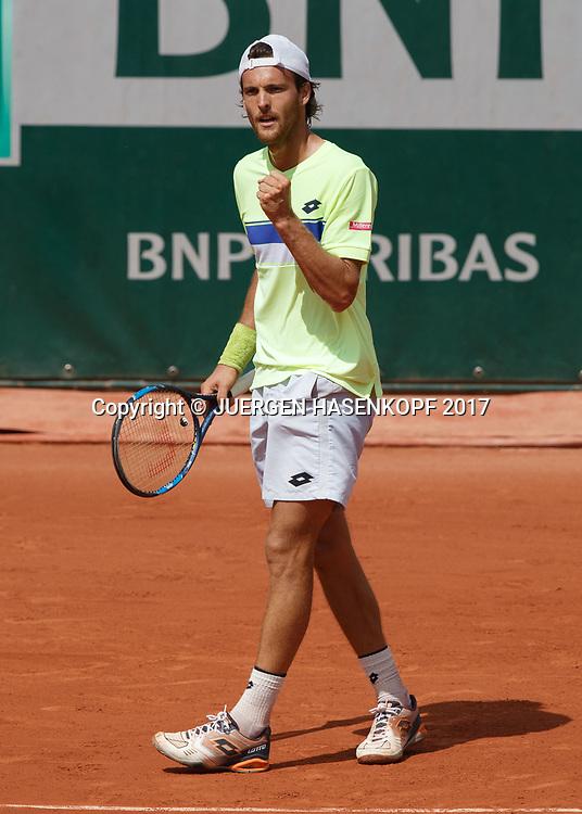 JOAO SOUSA (POR) macht die Faust und jubelt,Jubel,Emotion,<br /> <br /> Tennis - French Open 2017 - Grand Slam ATP / WTA -  Roland Garros - Paris -  - France  - 31 May 2017.