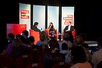 """13 JUL 2009, BERLIN/GERMANY:<br /> Kajo Wasserhoevel (L), SPD Bundesgeschaeftsfuehrer, Katia Saalfrank (M), Diplom-Pädagogin aus der RTL Doku-Serie """"Supernanny"""" und Michael Mueller (R), Landes- und Fraktionsvorsitzender SPD Berlin, Diskussionsveranstaltung zum Thema """"Bildung und Familie"""", Buergerhaus Altglienicke<br /> IMAGE: 20090713-02-069<br /> KEYWORDS: Kajo Wasserhövel, Super Nanny, Michael Müller"""