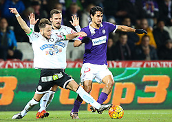 02.12.2015, Generali Arena, Wien, AUT, 1. FBL, FK Austria Wien vs SK Puntigamer Sturm Graz, 18. Runde, im Bild Christian Klem (SK Puntigamer Sturm Graz), Daniel Offenbacher (SK Puntigamer Sturm Graz) und Roi Kehat (FK Austria Wien) // during Austrian Football Bundesliga Match, 18th Round, between FK Austria Vienna and SK Puntigamer Sturm Graz at the Generali Arena, Vienna, Austria on 2015/12/02. EXPA Pictures © 2015, PhotoCredit: EXPA/ Thomas Haumer