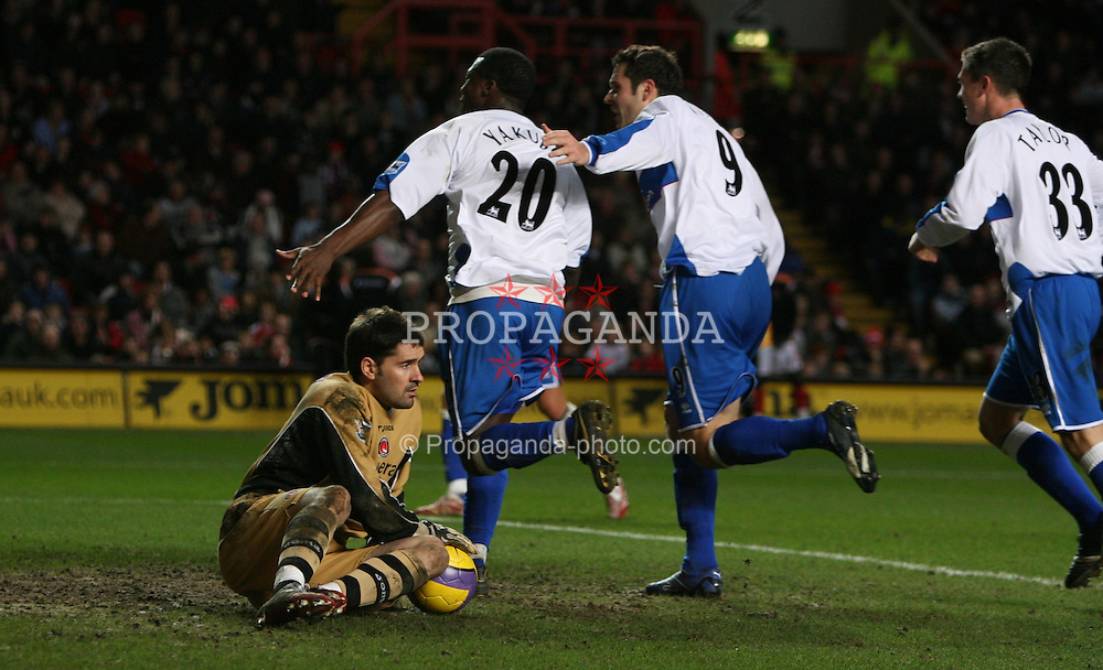 London, England - Saturday, January 13, 2007: Middlesbrough's Yakubu celebrates scoring the third Boro goal as he passes keeper Scott Carson against Charlton Athletic  during the Premiership match at the Valley. (Pic by Chris Ratcliffe/Propaganda)