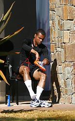 09.06.2010, Sports Campus, Rustenburg, RSA, FIFA WM 2010, England Training im Bild Ashley Cole zieht sich zum Training um, EXPA Pictures © 2010, PhotoCredit: EXPA/ IPS/ Mark Atkins / SPORTIDA PHOTO AGENCY