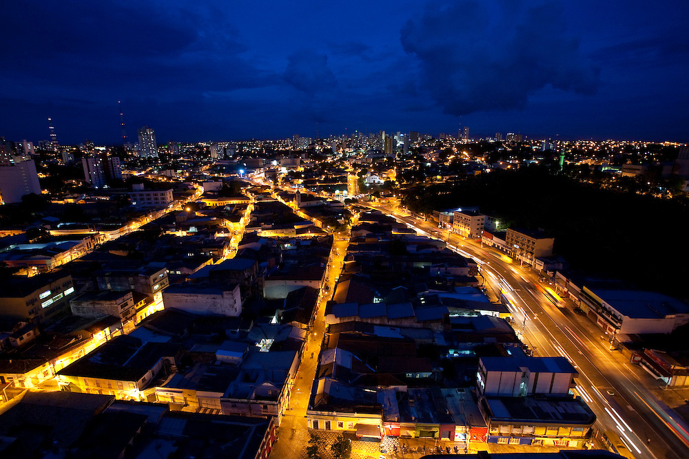 Cuiaba_MT, Brasil...Centro historico em Cuiaba a noite, Mato Grosso...The historical center in Cuiaba at night, Mato Grosso...Foto: JOAO MARCOS ROSA / NITRO.....