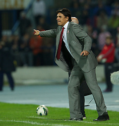 OSIJEK, CROATIA - Tuesday, October 16, 2012: Wales' manager Chris Coleman during the Brazil 2014 FIFA World Cup Qualifying Group A match against Croatia at the Stadion Gradski Vrt. (Pic by David Rawcliffe/Propaganda)