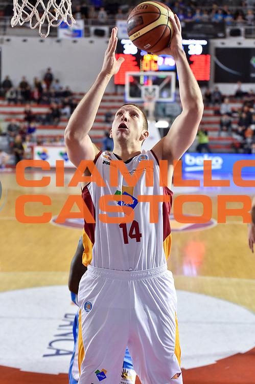 DESCRIZIONE : Roma Lega A 2014-15 Acea Roma vs Vanoli Basket Cremona<br /> GIOCATORE : De Zeeuw Maxime<br /> CATEGORIA : Tiro<br /> SQUADRA : Acea Roma<br /> EVENTO : Campionato Lega A 2014-2015 GARA : Acea Roma vs Vanoli Basket Cremona<br /> DATA : 07/12/2014 <br /> SPORT : Pallacanestro <br /> AUTORE : Agenzia Ciamillo-Castoria/GiulioCiamillo <br /> Galleria : Lega Basket A 2014-2015 <br /> Fotonotizia : Acea Roma Lega A 2014-15 Acea Roma vs Vanoli Basket Cremona<br /> Predefinita :