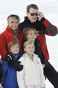 Fotosessie met de koninklijke familie in Lech /// Photoshoot with the Dutch royal family in Lech .<br /> <br /> Op de foto / On the photo:  Prins Constantijn, Prinses Laurentien met kinderen Eloise, Claus-Casimir en Léonore ,///// Prince Constantijn, Prinsess Laurentien with their children Eloise, Claus-Casimir en Léonore