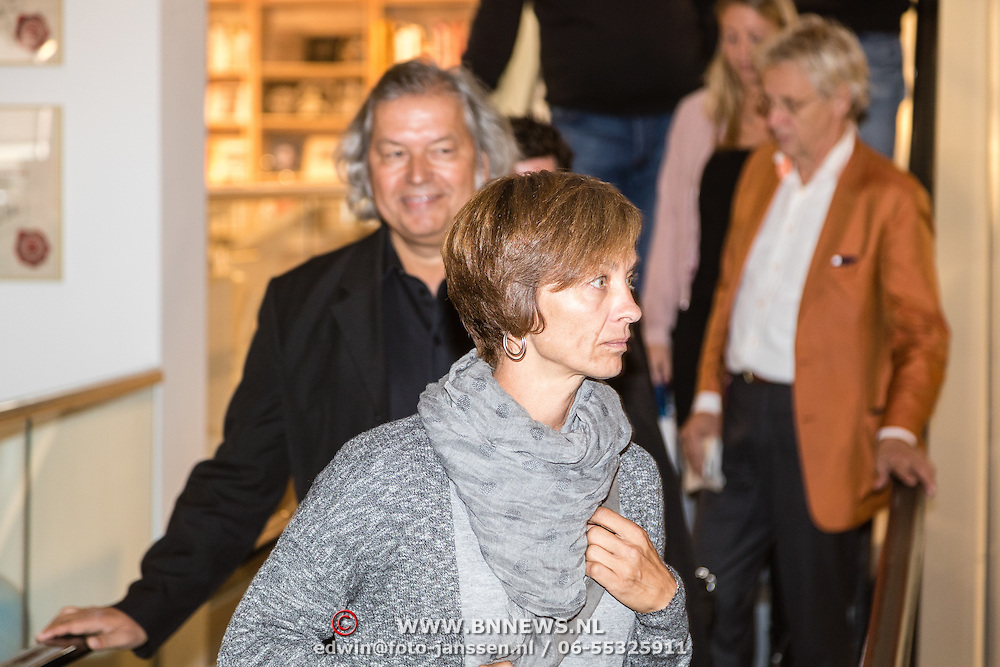 NLD/Amsterdam/20161007 - Presentatie biografie over het leven van oud voetballer Johan Cruijff, Jaap de Groot