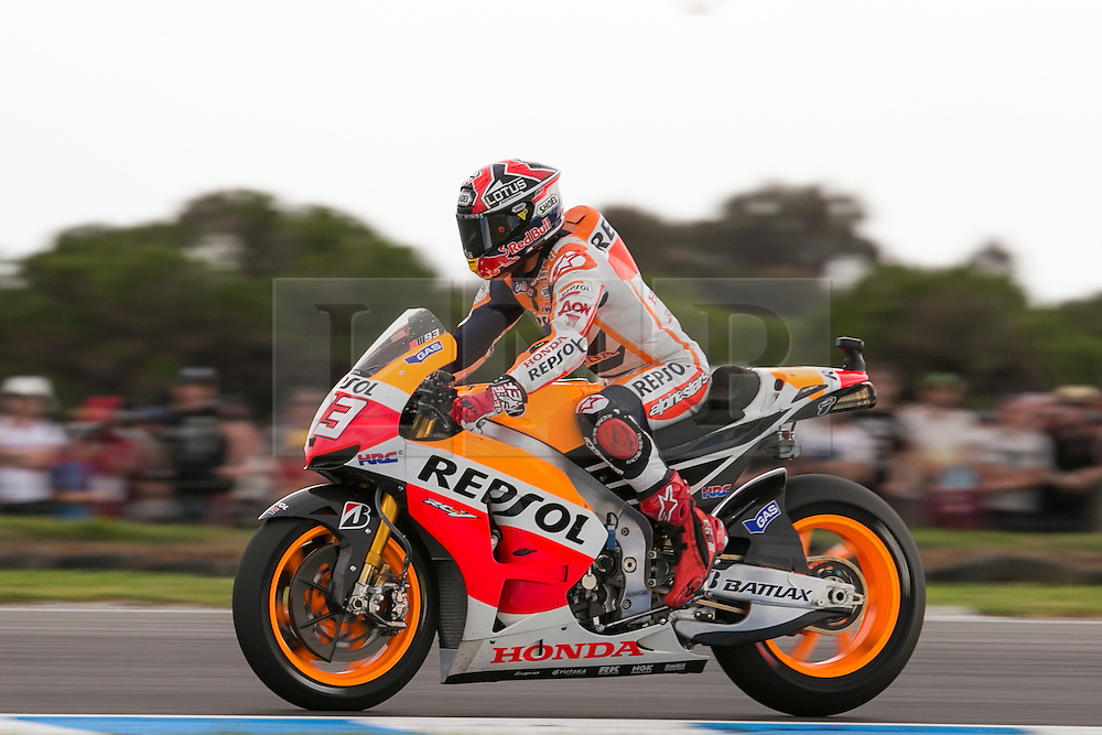 © Licensed to London News Pictures. 20/10/2012. Marc Marquez (SPA) riding for the Repsol Honda Team  during the Race day of the round 16 2013 Tissot Australian Moto GP at the  Phillip Island Grand Prix Circuit Victoria, Australia. Photo credit : Asanka Brendon Ratnayake/LNP