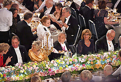 """Nobelpreistr‰ger Yoshinori Ohsumi beim Nobelbankett 2016 im Rathaus in Stockholm / 101216 ***Nobel laureate Yoshinori Ohsumi (C) attends a banquet in Stockholm on Dec. 10, 2016. Ohsumi was awarded the Nobel Prize in physiology or medicine for elucidating """"autophagy,"""" an intracellular process that degrades and recycles proteins."""