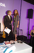 Griff Rhys Jones and Saffron Burrows. The Almeida Theatre Charity Christmas Gala, to raise funds for the theatre, at the Victoria Miro Gallery, London.  1 December  2005. ONE TIME USE ONLY - DO NOT ARCHIVE  © Copyright Photograph by Dafydd Jones 66 Stockwell Park Rd. London SW9 0DA Tel 020 7733 0108 www.dafjones.com