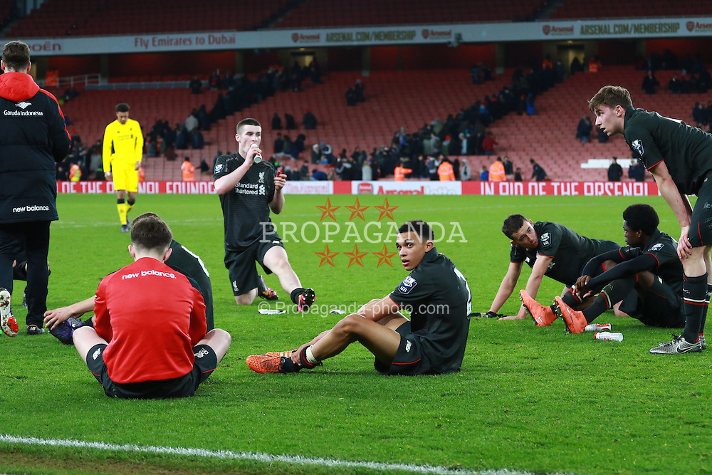 LONDON, ENGLAND - Friday, March 4, 2016: Liverpool's Trent Alexander-Arnold with the rest of his team after the defeat against Arsenal during the FA Youth Cup 6th Round match at the Emirates Stadium. (Pic by Paul Marriott/Propaganda)