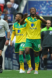 Norwich Cameron Jerome tells his side to calm it down as Norwich go 2-0 up at Wembley, Middlesbrough v Norwich, Sky Bet Championship, Play Off Final, Wembley Stadium, Monday  25th May 2015