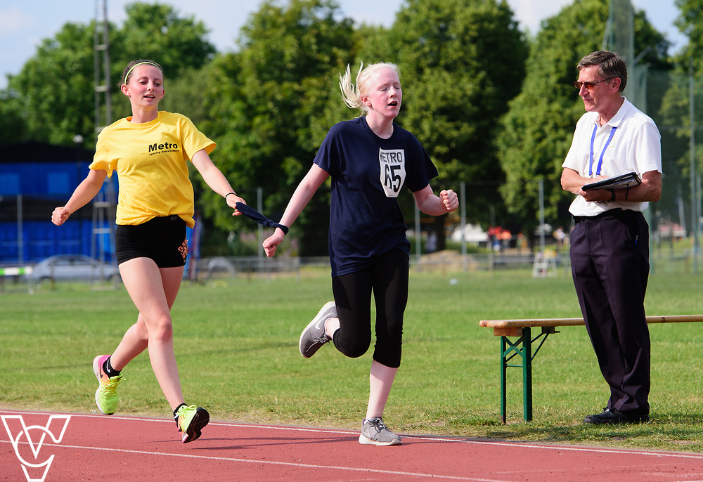 Metro Blind Sport's 2017 Athletics Open held at Mile End Stadium.  5000m.  Emma Quigley with guide runner <br /> <br /> Picture: Chris Vaughan Photography for Metro Blind Sport<br /> Date: June 17, 2017