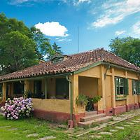Pousada Chacara das Roseiras, Bage, Rio Grande do Sul, Brasil, foto de Ze Paiva, Vista Imagens.