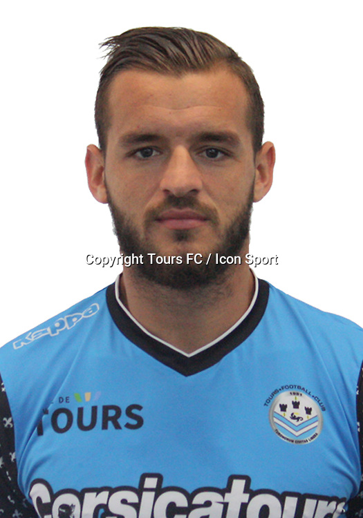 Jonathan Gradit during the during photoshooting of Tours FC for new season 2017/2018 on October 5, 2017 in Tours, France<br /> Photo : Tours FC / Icon Sport
