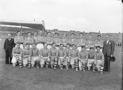 All Ireland Senior Football Championship Final, Armagh v Kerry, 27091953AISFCF, 27.09.1953, 09.27.1953, 27th September 1953, ..Armagh Team .front row from left, Gene Morgan, G McStay, I Henderson, G O Neil, Ant O Hagan, Sean Quinn captain, Eamon McMahon, Frank Kernan, Jae O'Hare, Patrick Campbell, P Murphy, back row from left, Gerry Murphy, Patrick O'Neill, Jack Bratton, P McCreesh, Gerry Wilson, Brian Seeley, M O'Hanlon, Jack McKnight, J Cunningham, Malachy McEvoy, J McBreen, William McCorry,   Kerry 0-13, Armagh 1-06,
