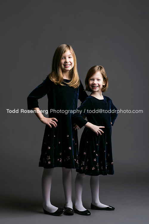 1/2/17 10:56:43 AM -- Chicago, IL, USA<br /> <br /> Hirschl Family Portraits<br /> <br /> &copy; Todd Rosenberg Photography 2017