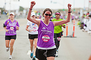 Nike Women's Marathon 2011.San Francisco, CA..(Photo © Ross Dettman)