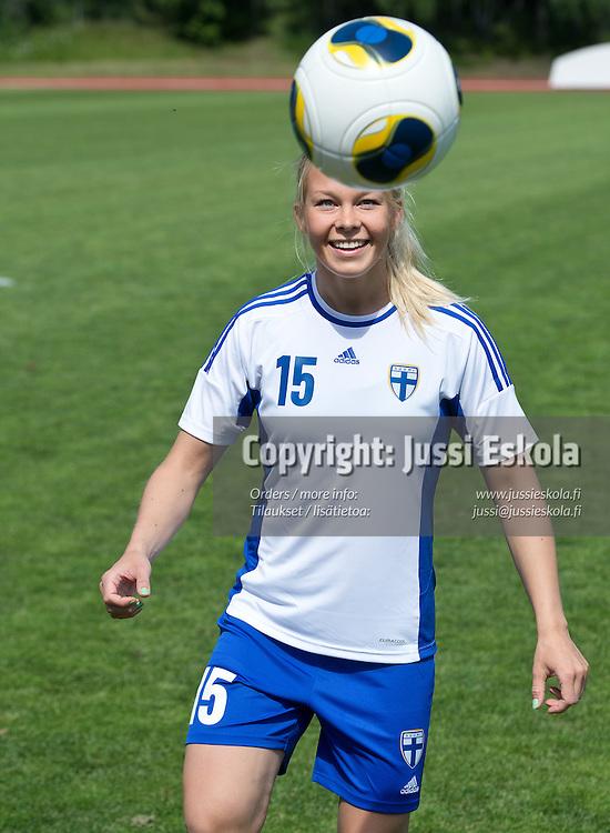 Leena Puranen. Naisten maajoukkue. Otaniemi, Espoo 18.6.2013. Photo: Jussi Eskola/SPL/adidas
