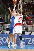 DESCRIZIONE : Riga Latvia Lettonia Eurobasket Women 2009 Quarter Final Spagna Italia Spain Italy<br /> GIOCATORE : Raffaella Masciadri<br /> SQUADRA : Italia Italy<br /> EVENTO : Eurobasket Women 2009 Campionati Europei Donne 2009 <br /> GARA : Spagna Italia Spain Italy<br /> DATA : 17/06/2009 <br /> CATEGORIA : tiro<br /> SPORT : Pallacanestro <br /> AUTORE : Agenzia Ciamillo-Castoria/E.Castoria<br /> Galleria : Eurobasket Women 2009 <br /> Fotonotizia : Riga Latvia Lettonia Eurobasket Women 2009 Quarter Final Spagna Italia Spain Italy<br /> Predefinita :