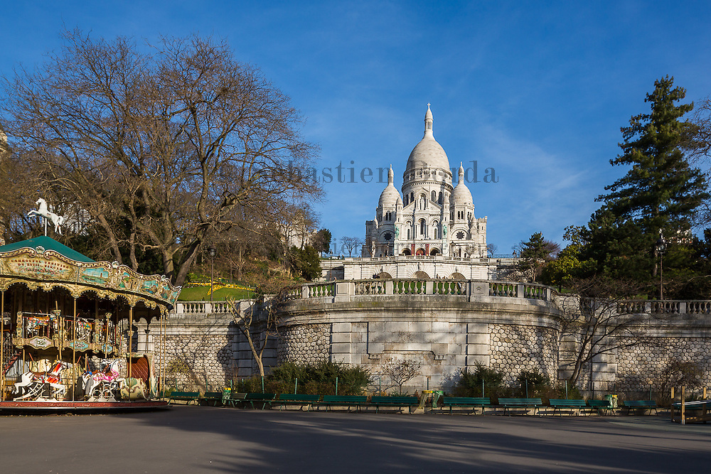 Basilique du Sacré-coeur de Montmartre.Paris, France // Sacré-coeur basilica in Montmartre area. Paris, France