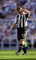 Fotball<br /> Intertoto Cup<br /> 15.07.2006<br /> Newcastle United v Lillestrøm<br /> Foto: Jed Wee/SBI/Digitalsport<br /> NORWAY ONLY<br /> <br /> Newcastle captain Scott Parker seems at a loss to explain his team's first half performance.