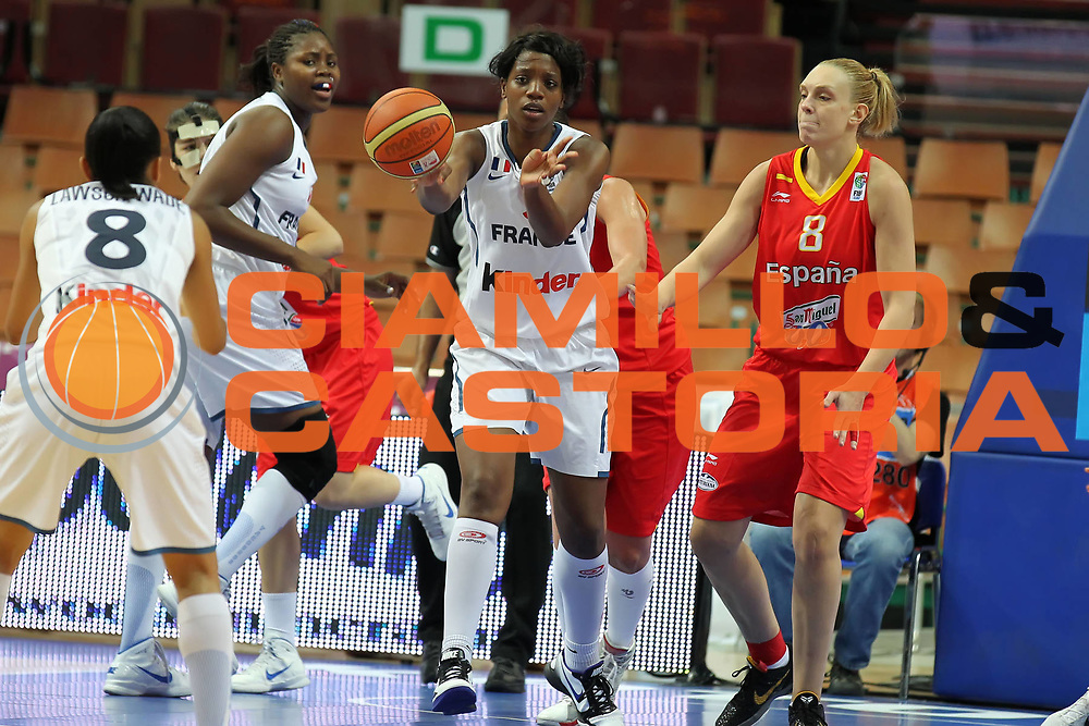 DESCRIZIONE : Katowice Poland Polonia Eurobasket Women 2011 Round 2 Francia Spagna France Spain<br /> GIOCATORE : Endene Miyem<br /> SQUADRA : France Francia<br /> EVENTO : Eurobasket Women 2011 Campionati Europei Donne 2011<br /> GARA : Francia Spagna France Spain<br /> DATA : 22/06/2011<br /> CATEGORIA : <br /> SPORT : Pallacanestro <br /> AUTORE : Agenzia Ciamillo-Castoria/E.Castoria<br /> Galleria : Eurobasket Women 2011<br /> Fotonotizia : Katowice Poland Polonia Eurobasket Women 2011 Round 2 Francia Spagna France Spain<br /> Predefinita :