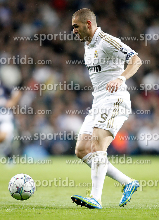 22.11.2011, Estadio Santiago Bernabeu, Madrid, ESP, UEFA CL, Gruppe D, Real Madrid (ESP) vs Dinamo Zagreb (CRO) im Bild Real Madrid's Karim Benzema // during the football match of UEFA Champions league, group D, between Real Madrid (ESP) and Dinamo Zagreb (CRO) at Santiago Bernabeu Stadium, Madrid, Spain on 2011/11/22. EXPA Pictures © 2011, PhotoCredit: EXPA/ Alterphotos/ Alvaro Hernandez..***** ATTENTION - OUT OF ESP and SUI *****