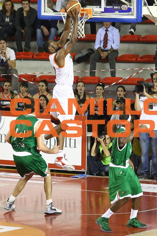 DESCRIZIONE : Roma Lega A 2012-13 Acea Roma Montepaschi Siena <br /> GIOCATORE : Gani Lawal<br /> CATEGORIA : schiacciata sequenza<br /> SQUADRA : Acea Roma<br /> EVENTO : Campionato Lega A 2012-2013 <br /> GARA : Acea Roma Montepaschi Siena <br /> DATA : 12/11/2012<br /> SPORT : Pallacanestro <br /> AUTORE : Agenzia Ciamillo-Castoria/M.Simoni<br /> Galleria : Lega Basket A 2012-2013  <br /> Fotonotizia :  Roma Lega A 2012-13 Acea Roma Montepaschi Siena <br /> Predefinita :