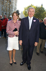 MR & MRS SIMON KESWICK at the wedding of Clementine Hambro to Orlando Fraser at St.Margarets Westminster Abbey, London on 3rd November 2006.<br /><br />NON EXCLUSIVE - WORLD RIGHTS