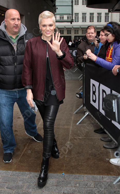 19.SEPTEMBER.2013. LONDON<br /> <br /> JESSIE J LEAVING BBC RADIO ONE STUDIOS<br /> <br /> BYLINE: EDBIMAGEARCHIVE.CO.UK<br /> <br /> *THIS IMAGE IS STRICTLY FOR UK NEWSPAPERS AND MAGAZINES ONLY*<br /> *FOR WORLD WIDE SALES AND WEB USE PLEASE CONTACT EDBIMAGEARCHIVE - 0208 954 5968*