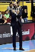 DESCRIZIONE : Torino Lega A 2015-16 Manital Torino-Dolomiti Energia Trento<br /> GIOCATORE : Maurizio Buscaglia<br /> CATEGORIA : Espressioni <br /> SQUADRA : Dolomiti Energia Trento<br /> EVENTO : Campionato Lega A 2015-2016<br /> GARA : Manital Torino-Dolomiti Energia Trento<br /> DATA : 21/03/2016<br /> SPORT : Pallacanestro<br /> AUTORE : Agenzia Ciamillo-Castoria/M.Matta<br /> Galleria : Lega Basket A 2015-2016<br /> Fotonotizia: Torino Lega A 2015-2016 Manital Torino-Dolomiti Energia Trento