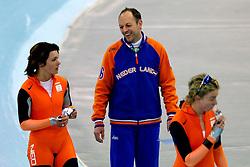 15-02-2006 SCHAATSEN: OLYMPISCHE WINTERSPELEN: TORINO ITALIE<br /> Team achtervolging / Gerard Kemkers en Gretha Smit<br /> ©2006-WWW.FOTOHOOGENDOORN.NL