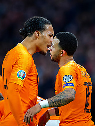 24-03-2019 NED: UEFA Euro 2020 qualification Netherlands - Germany, Amsterdam<br /> Netherlands lost the match 3-2 in the last minute / Memphis Depay #10 of The Netherlands scores the 2-2, Virgil van Dijk #4 of The Netherlands