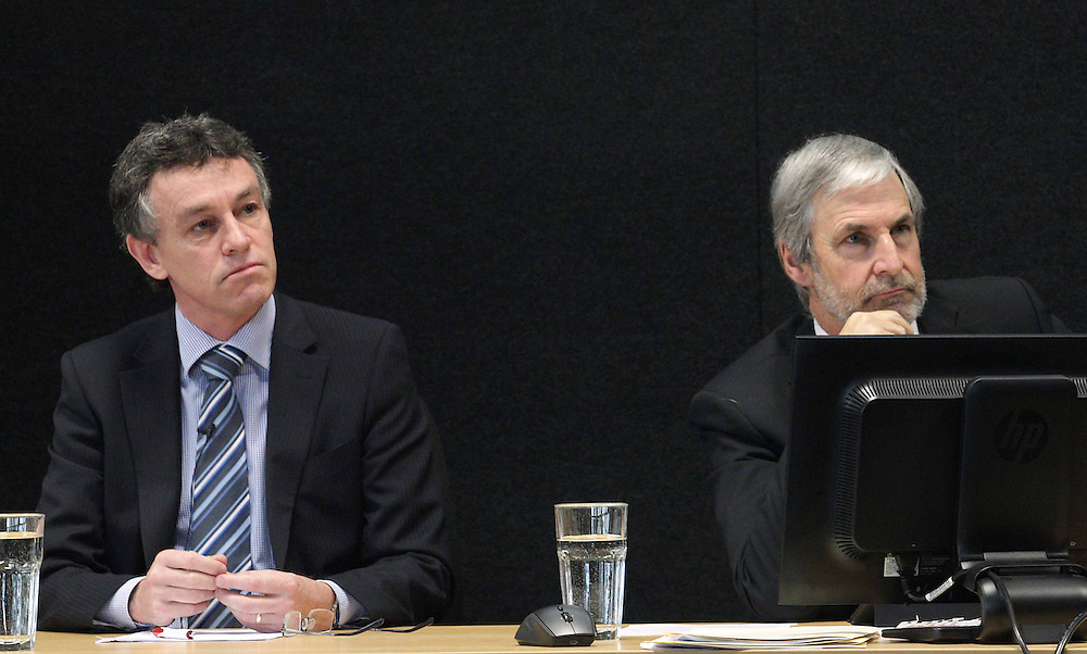 David Kelly, left and  Dr. Peter Mumford  participate in a panel discussion on the last public day of hearings  at the Royal Commssion of Inquiry into the earthquakes, Christchurch, Wednesday, September 12, 2012. Credit:SNPA / The Press, Stacey Squires **POOL**