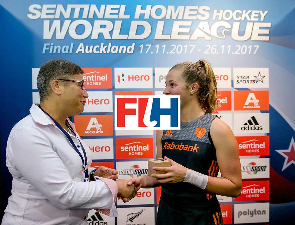 AUCKLAND - Sentinel Hockey World League final women<br /> World Cup<br /> Foto: Xan de Waard  100 match.<br />  Nederlands dames hockey elftal bereikt de semi finale.