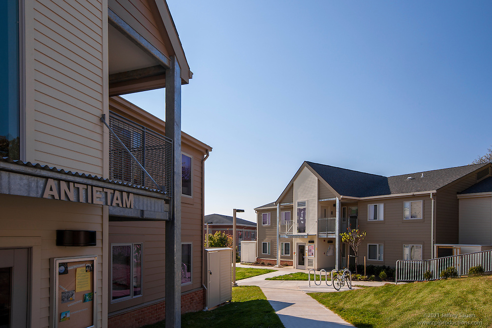 umbc terrace and hillside apartments exterior image