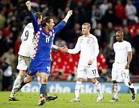 Photo: Richard Lane/Sportsbeat Images.<br />England v Croatia. UEFA European Championships Qualifying. 21/11/2007. <br />England's Dabid Beckham show his dejection.