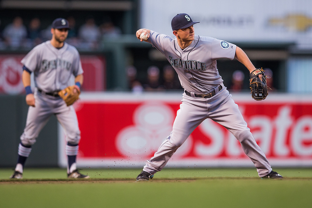 BALTIMORE, MD - MAY 20:  Kyle Seager #15 of the Seattle Mariners defends his position  during the game against the Baltimore Orioles  at Camden Yards on May 20, 2015 in Baltimore, Maryland. (Photo by Rob Tringali) *** Local Caption *** Kyle Seager