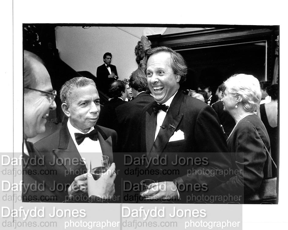 Sy Newhouse and  Graydon Carter New York 1991© Copyright Photograph by Dafydd Jones 66 Stockwell Park Rd. London SW9 0DA Tel 020 7733 0108 www.dafjones.com