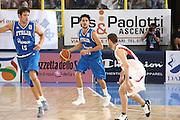 DESCRIZIONE : Cagliari Eurobasket Men 2009 Additional Qualifying Round Italia Francia<br /> GIOCATORE : Luca Vitali<br /> SQUADRA : Italy Italia Nazionale Maschile<br /> EVENTO : Eurobasket Men 2009 Additional Qualifying Round <br /> GARA : Italia Francia Italy France<br /> DATA : 05/08/2009 <br /> CATEGORIA : palleggio<br /> SPORT : Pallacanestro <br /> AUTORE : Agenzia Ciamillo-Castoria/C.De Massis