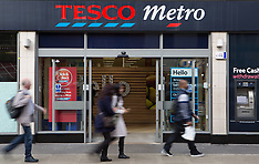 OCT 23 2014 Tesco reports fall in profits