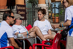 15-06-2017 NED: We hike to change diabetes day 6, Herrerias de Valcarce<br /> De zesde dag van Villafranca del Bierzo naar Herrerias de Valcarce. Een tocht van 26 km door heuvelachtig landschap en prachtige wijngaarden. / Spanje