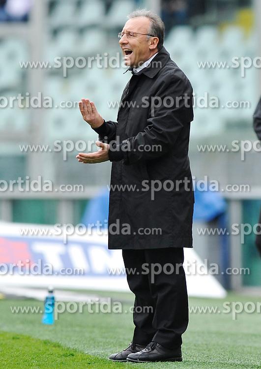 11.04.2010, Stadio Olimpico, Torino, ITA, Serie A, Juventus Turin vs Cagliari Calcio, im Bild L'allenatore Alberto Zaccheroni (Juventus). EXPA Pictures © 2010, PhotoCredit: EXPA/ InsideFoto/ Giorgio Perottino / SPORTIDA PHOTO AGENCY