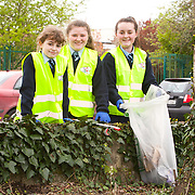 04.04.2017              <br /> Ard Scoil Mhuire, Corbally were out in force doing their bit for TLC3. Pictured are, Vivienne O'Brien, Ali Moynihan and Noelle Shanahan. Picture: Michael Andrews